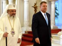 VIDEO. Președintele Klaus Iohannis l-a decorat la Cotroceni pe Preafericitul Părinte Daniel