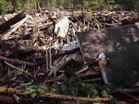SUA, lovite de caniculă și viituri. O localitate a fost devastată aproape în totalitate după o ploaie torențială