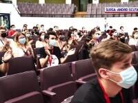 Zeci de elevi de liceu din țară au devenit studenți timp de o săptămână la București