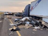 7 morți, după ce o furtună de nisip a provocat un accident în lanț în Statele Unite. VIDEO