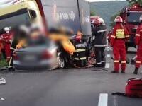 O șoferiță de 21 de ani a murit după s-a ciocnit cu un TIR. Nici nu a încercat să îl evite