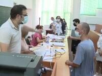 Mai multe universități din țară vor să condiționeze prezența fizică a studenților de vaccinare sau de testare