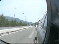 Românii încep să vină cu autocarele din Grecia, după intrarea pe lista roșie. Și-au scurtat sejurul să evite carantina