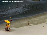 Pete de petrol in Marea Neagra