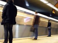 Caz cutremurator in Capitala. A coborat din metrou si a murit pe o banca din statie
