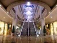 Romanii au lasat cu 30% mai multi bani in mall-uri in aceasta vara