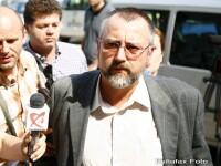 Suma pe care avocatul acuzat ca a comandat uciderea sotiei sale urma sa o primeasca de pe asigurare