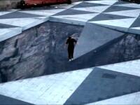 Iluzie optica facuta sa-ti dea fiori: prapastia din mijlocul orasului. GALERIE FOTO 3D street art