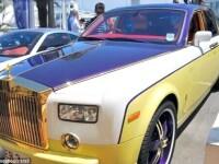 Prost gust de 200.000 de euro. Cum si-a batut joc un sofer de un Rolls Royce Phantom. FOTO si VIDEO