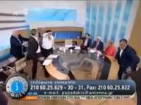 Politicianul grec neonazist, care a batut o femeie intr-o emisiune TV, isi da in judecata victima