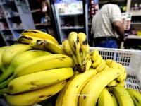 Optzeci de kilograme de cocaina, descoperite in lazi cu banane aduse la un supermarket din Franta