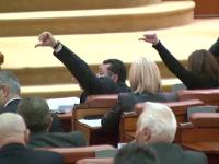 36 de zile lucrate in 6 luni. Bilantul rusinos al unui Parlament care nu rezolva nimic in Romania