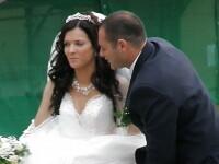 Momentul in care toti nuntasii si-au tinut respiratia. Ce le-a aratat mireasa. FOTO