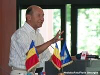 Presedintele Traian Basescu isi petrece minivacanta de Rusalii pe litoral, in statiunea Neptun