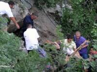 ACCIDENT IN MUNTENEGRU. Fotografii cutremuratoare din prapastia unde s-a oprit autocarul romanilor