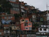 O echipa ProTV descopera secretele favelelor braziliene. Povestea lui Merdin, romanul care conduce un hotel de 4 stele la Rio