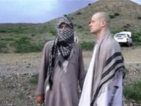 Talibanii au difuzat inregistrarea eliberarii sergentului american Bowe Bergdahl. Imaginile i-au infuriat pe americani. VIDEO