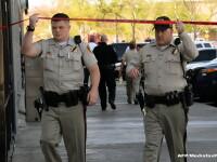 Inca un atac armat socheaza America: doi politisti si un civil au murit impuscati intr-o pizzerie. Cum au murit atacatorii