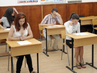 BACALAUREAT 2014. Peste 40% dintre elevii care se puteau inscrie la examen sunt de negasit. Cati candidati s-au prezentat azi