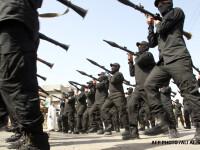 Solutia pentru teroristii sunniti din nordul Irakului: teroristii siiti din sud. Armata Mahdi-ului a pus mana pe arme