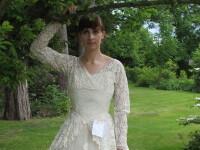 Un barbat a donat unui azil rochia de mireasa a sotiei sale, dupa o viata impreuna. Biletul emotionant pe care l-a lasat