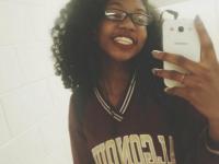 Colegii de liceu au etichetat-o drept urata. Aparitia ei de la absolvire insa a ajutat-o sa devina regina balului