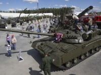 Vladimir Putin a inaugurat un Disneyland militar, unde tinerii vor putea conduce tancuri si se vor putea juca cu arme grele