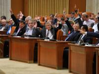 Prima reactie a FMI dupa ce parlamentarii si-au marit pensiile.