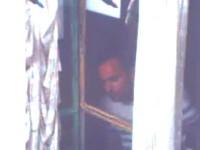 Una din fetitele agresate in lift de un individ din Capitala are crize de epilepsie. Politia il cauta pe agresor