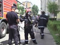 Incendiu de proportii la o ferma de animale din Prahova. Sase echipaje de pompieri au intervenit