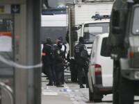 Alerta cu bomba intr-un centru comercial din Bruxelles. Suspectul avea o falsa centura exploziva, facuta din sare si biscuiti