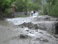 Canicula in Sudul tarii si inundatii de proportii in Maramures.