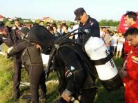 Un tanar din Sintesti a fost salvat in ultima clipa de la inec de scafandri. Unde l-au gasit salvatorii