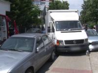 Un barbat din Botosani a facut infract in timp ce se afla la volan. Martorii au incercat sa opreasca masina