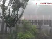 Furtuni violente in centrul si sud-estul tarii. Zeci de gospodarii au fost inundate, acoperisuri rupte si culturi distruse