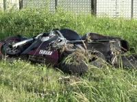 O adolescenta de 17 ani si-a pierdut viata dupa ce motocicleta condusa de un prieten a intrat intr-un vehicul la o depasire