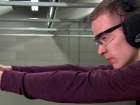 Inventia unui adolescent din SUA pare desprinsa din filmele cu James Bond. Cum arata pistolul care isi recunoaste posesorul