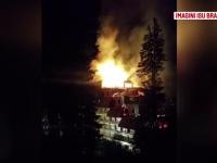 Hotelul Ciucas, din Poiana Brasov, cuprins de flacari. Incendiul a fost stins dupa aproape 6 ore