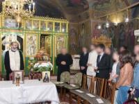 Preot injunghiat intr-o biserica, in Capitala. Atacatorul ar fi vrut sa se razbune: \