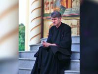 Trei fete minore, gasite acasa la preotul Cristian Pomohaci. Fiul adoptiv: