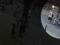 Caz socant de agresiune in Bulgaria. Un sofer loveste usor un grup de turisti cu deficiente de vedere si apoi sare la bataie