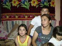 Un preot din Iasi vrea sa duca la mare 120 de copii sarmani, dar premianti: