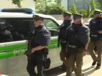 300 de politisti germani au fost trimisi acasa dupa ce s-au imbatat si-au intretinut relatii sexuale in public. Ce risca