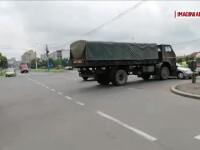 Un şofer a intrat într-un convoi al armatei, în Craiova