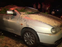Vijeliile au distrus mașinile parcate pe stradă, în mai multe oraşe din România