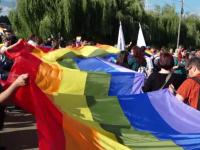 """Paradă gay pe străzile din Cluj-Napoca. """"Suntem si noi oameni la fel ca toţi alţii"""