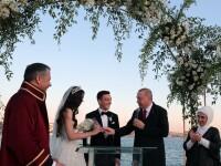 Președintele turc, Erdogan, cavaler de onoare la nunta fotbalistului Mesut Ozil