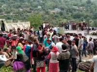 50 de morți după ce un autobuz supraîncărcat a căzut într-o prăpastie de 150 de metri