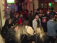 Terase pline și cozi la intrare, imediat după miezul nopții. Muzica a răsunat din nou în Centrul Vechi din București