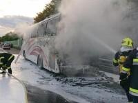 Autocar în care erau 49 de români, mistuit de flăcări pe o autostradă din Austria